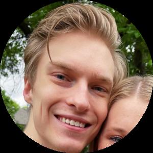 Headshot - Seth Bench (Omaha) circular